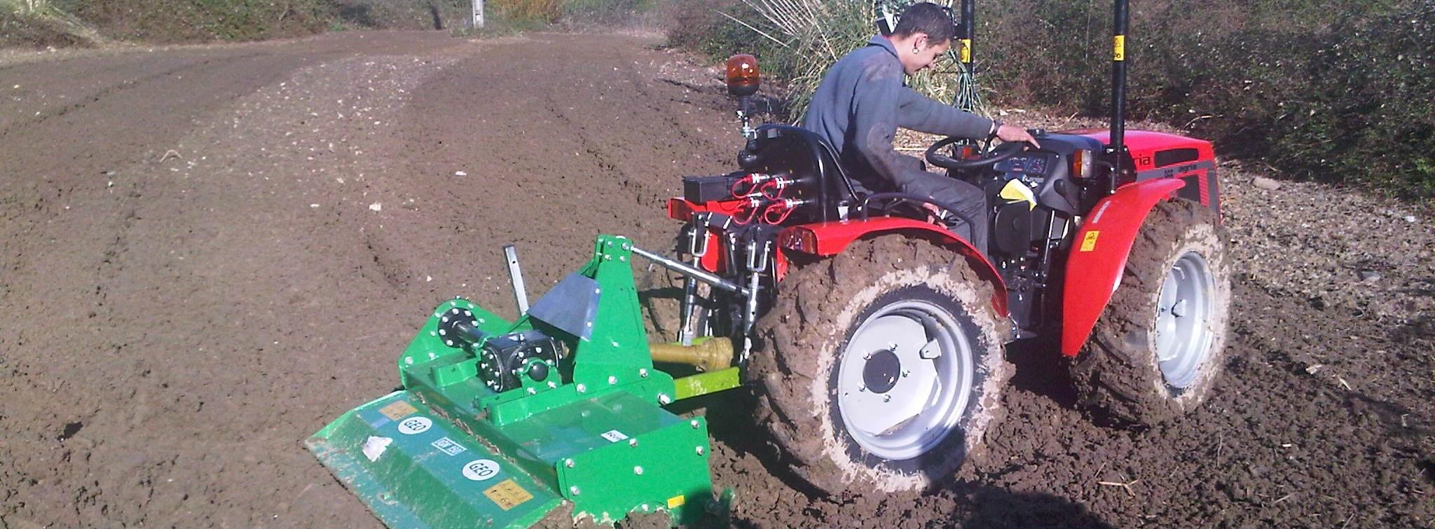 Maquinaria agrícola, construcción y jardinería | Agria 2